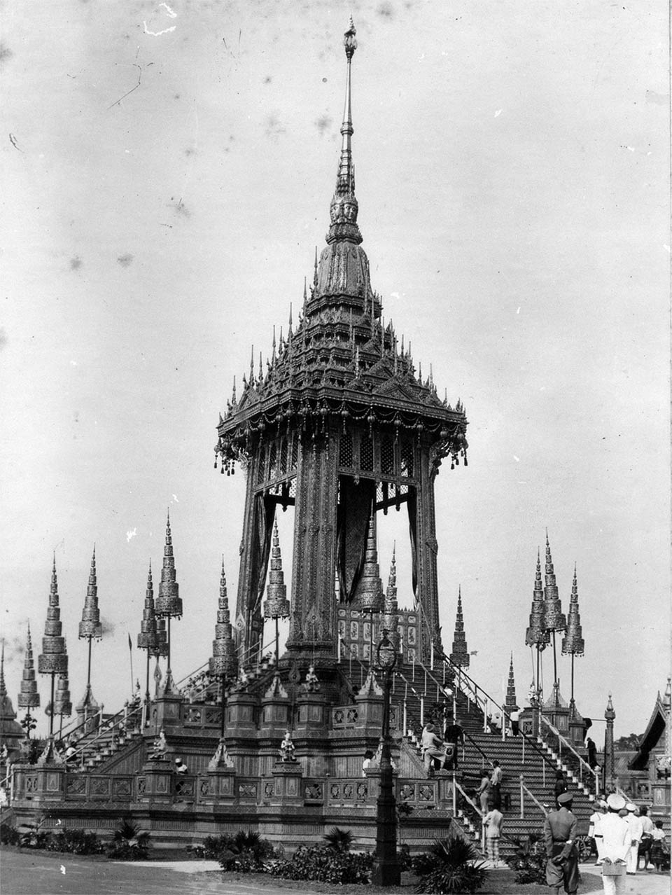 The Phra Meru Mas for King Rama VI